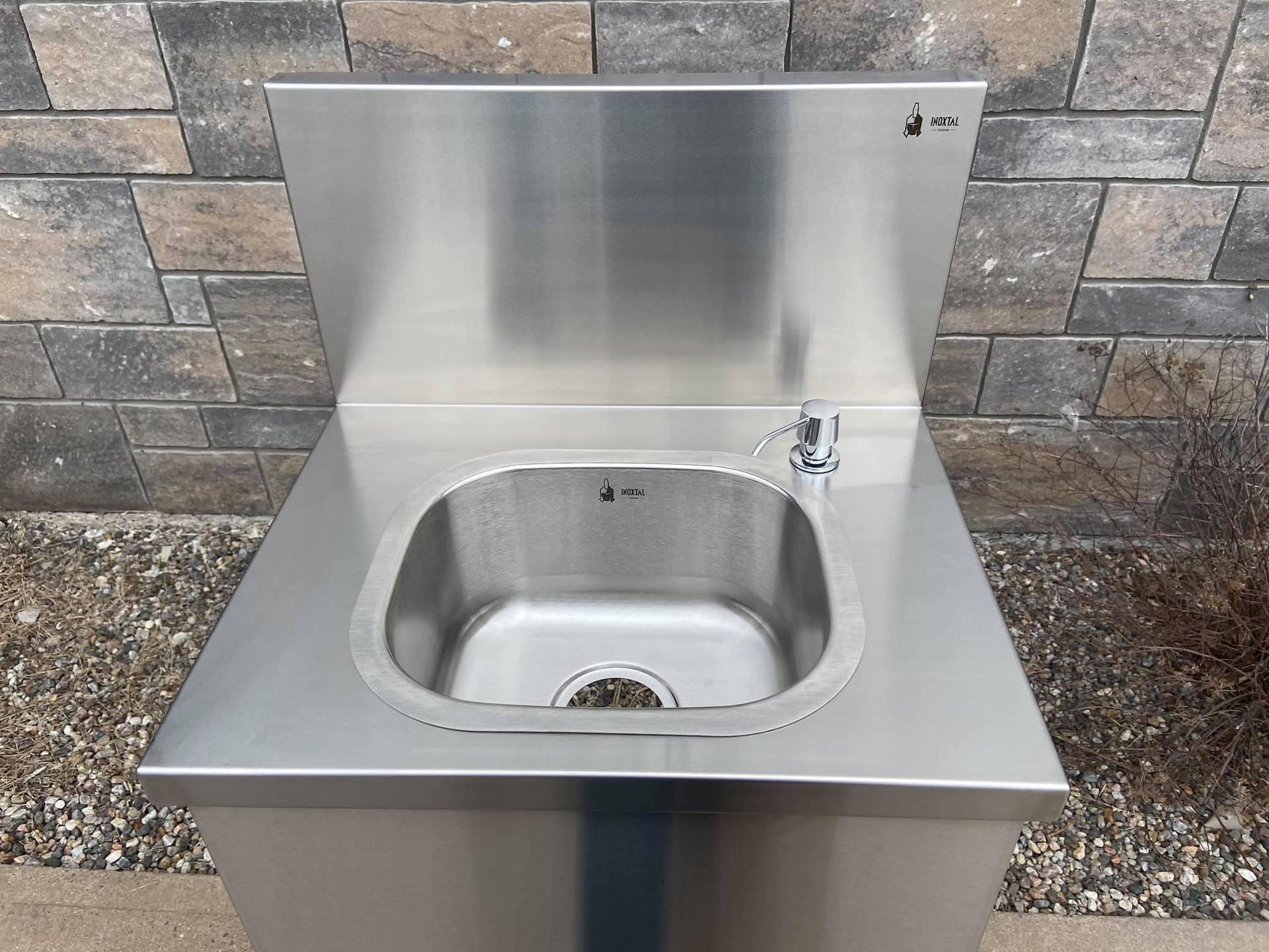 Inoxtal hand washing station 05